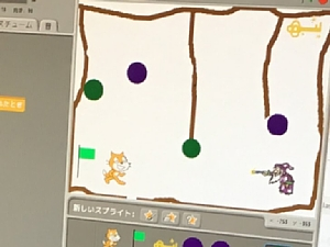 ダンジョンゲームをScratchでプログラミングしている画面