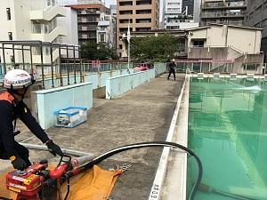 西船場連合の防災訓練2018(西船場小学校にて)放水訓練