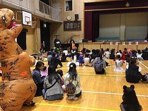 大阪・西船場小 子供会のハロウィンパーティの様子:開会式