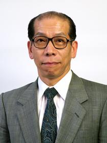 スペシャルゲストの将棋のプロ棋士 桐山清澄九段